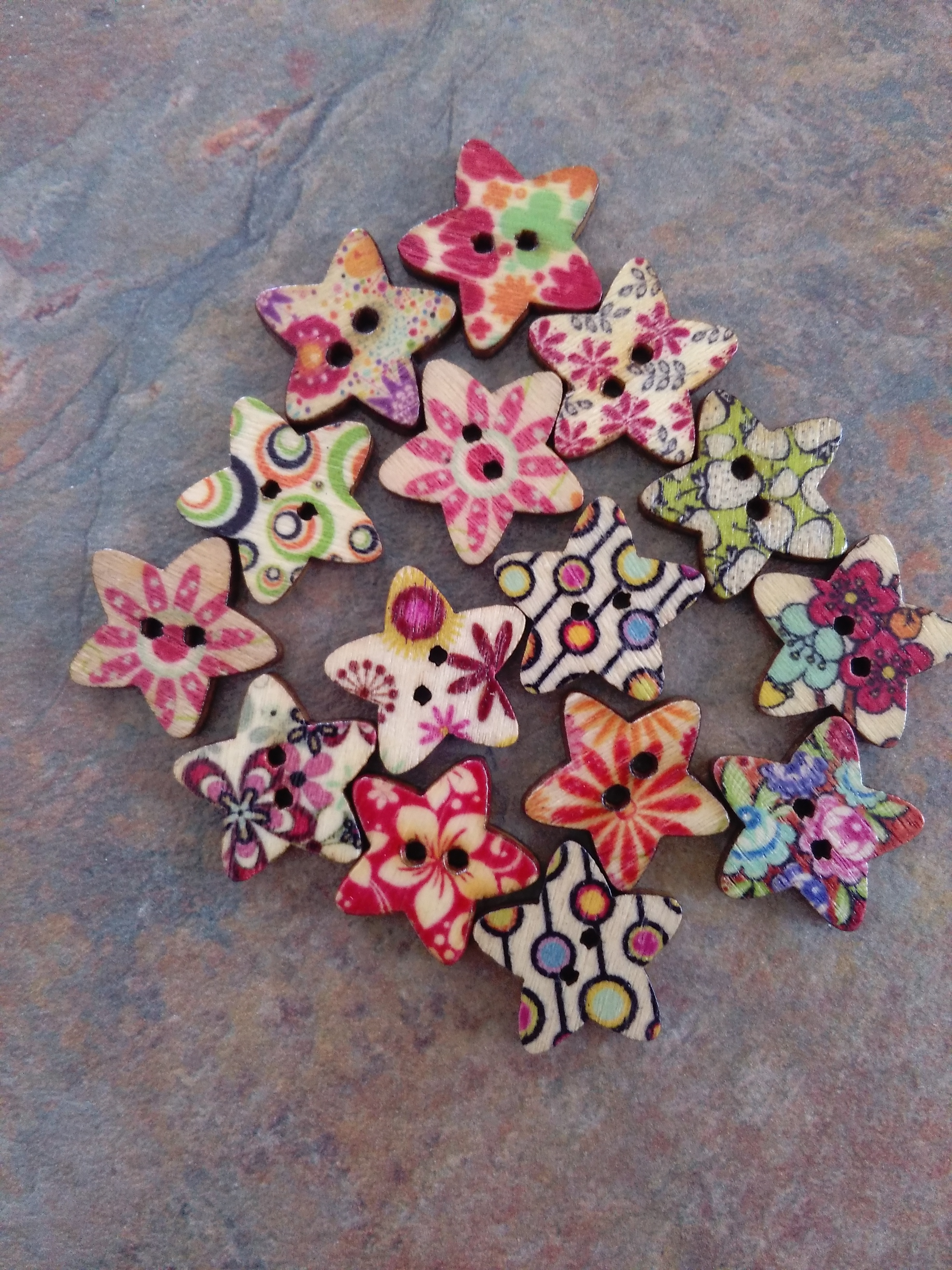 Wooden Star Button 17mm Assorted