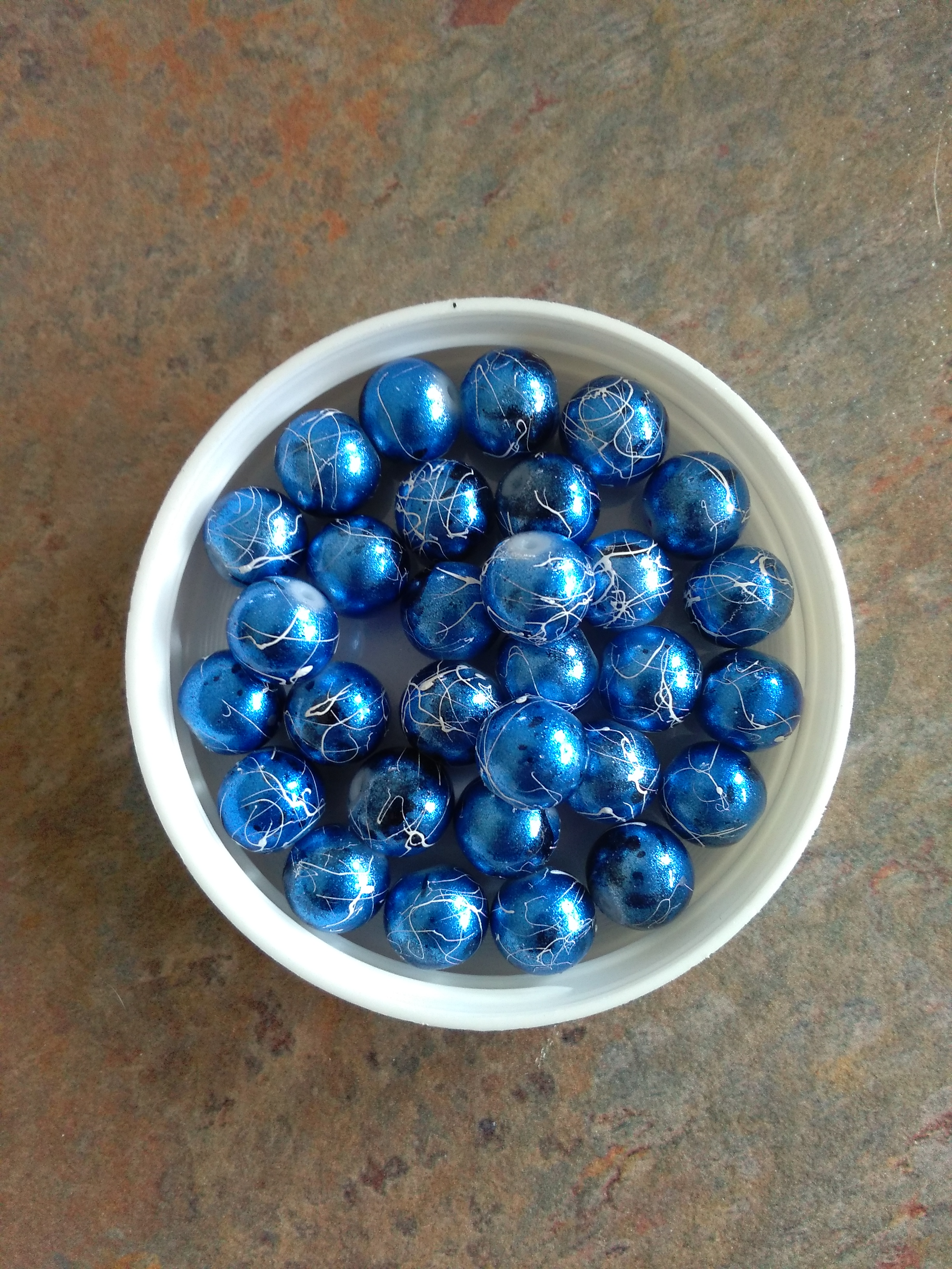 Glass Drawback Blue 10mm Bead