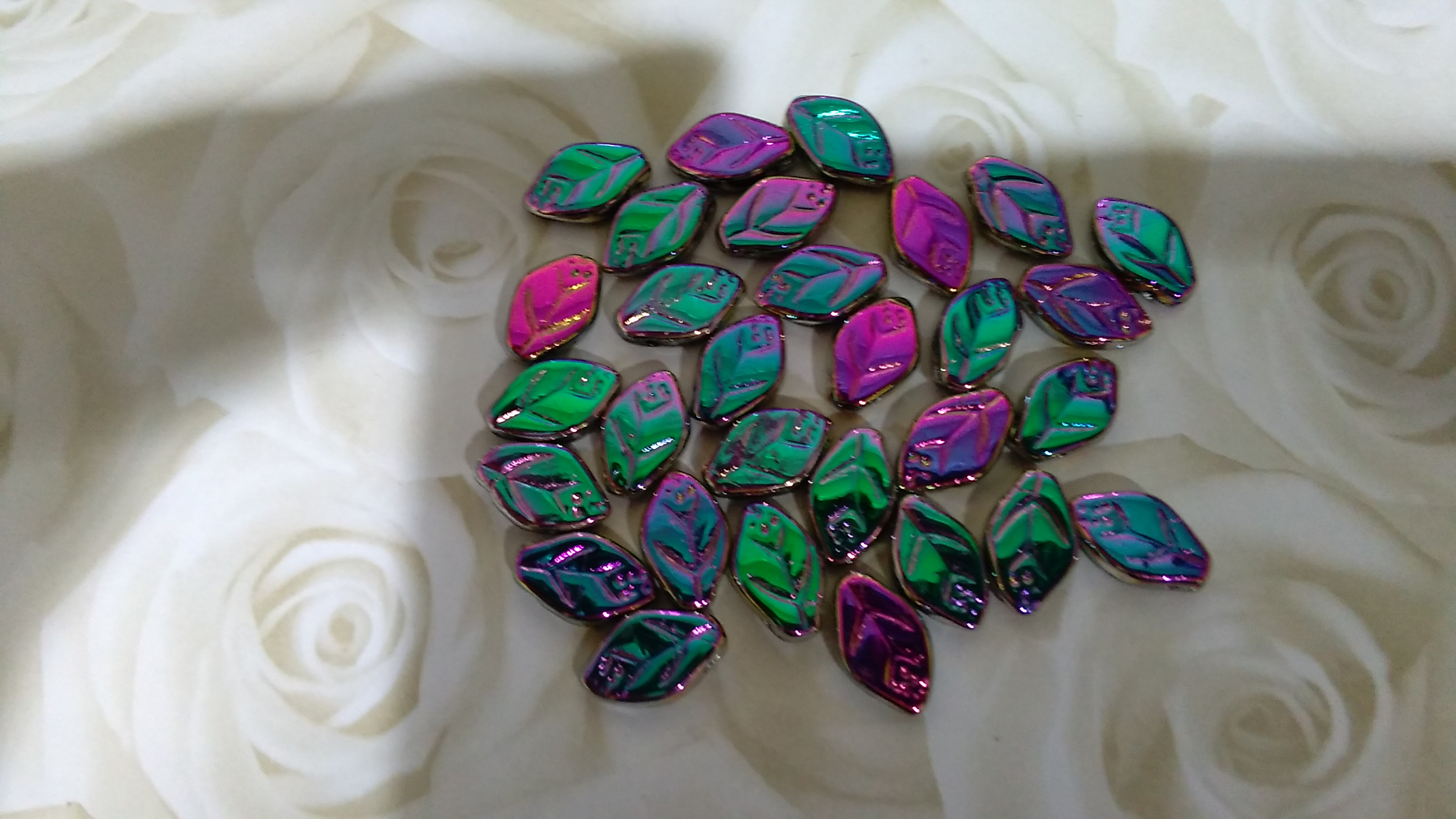 Czech Glass Green/Purple Metallic Leaves 12x7mm