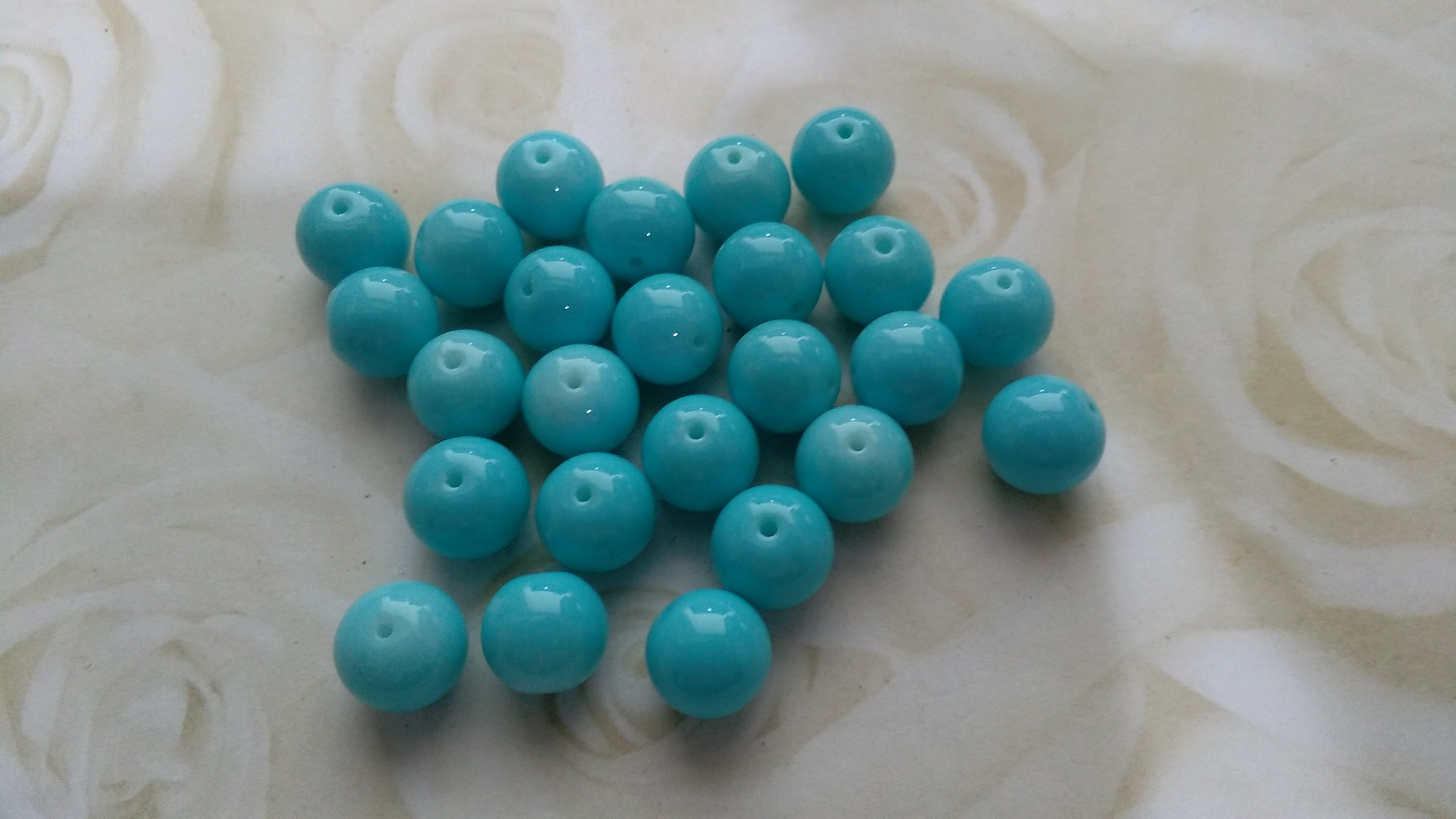 Glossy Glass Pale Blue 8mm Beads
