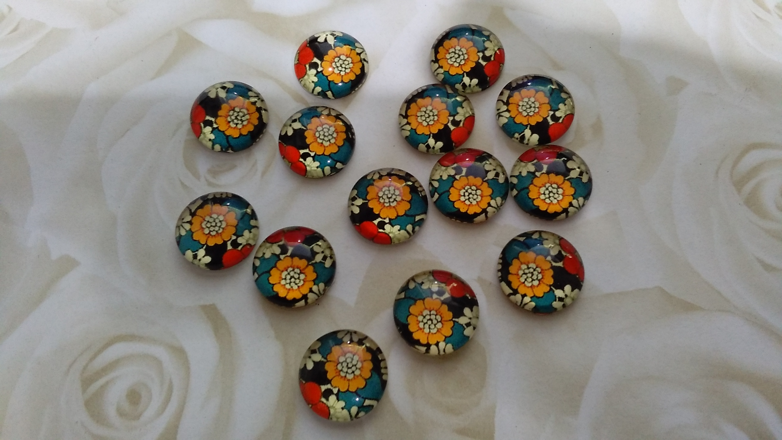 Glass Domed Autumn Coloured 12mm Cabochons
