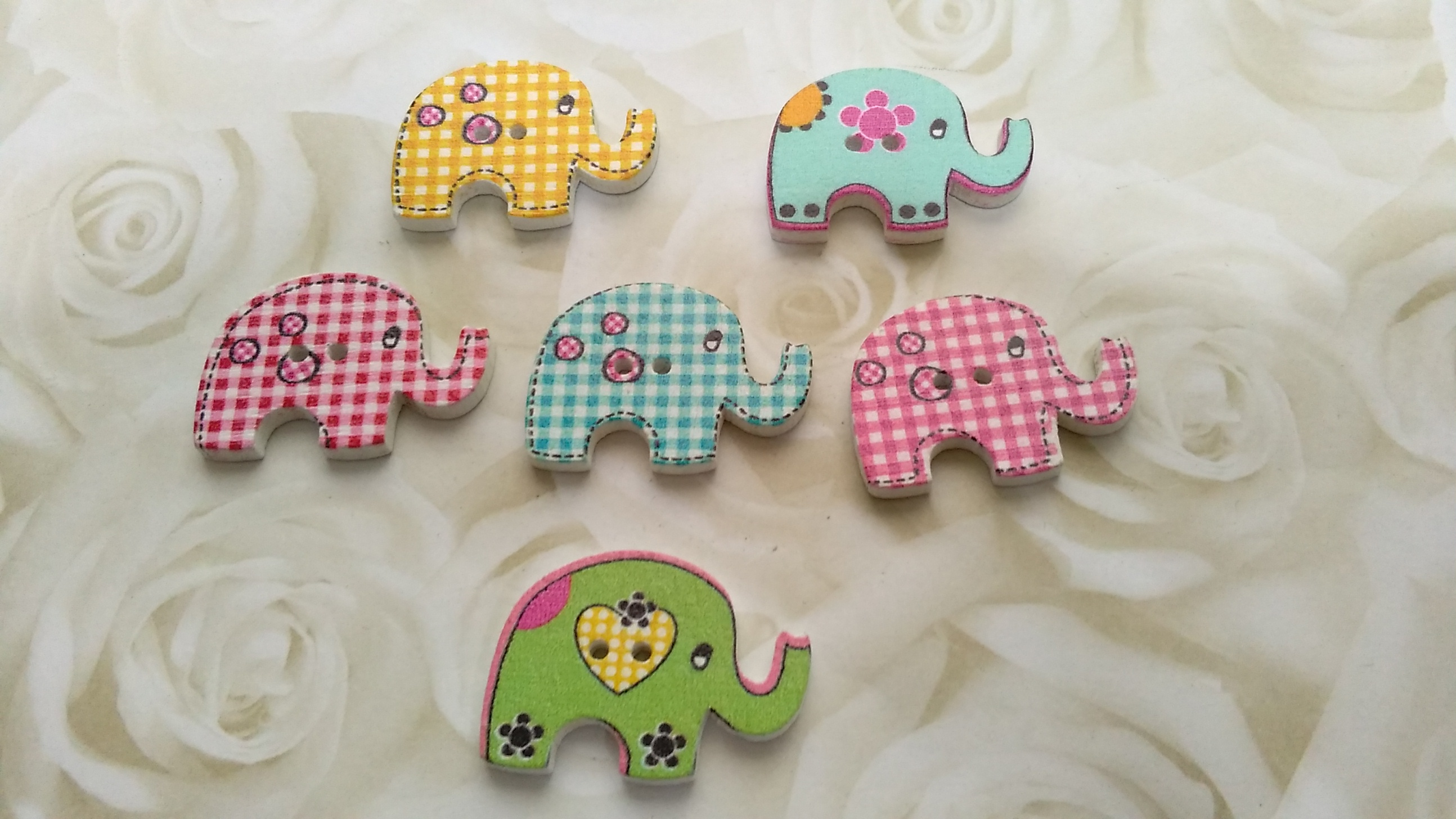 Wooden Assorted Elephant 30x20