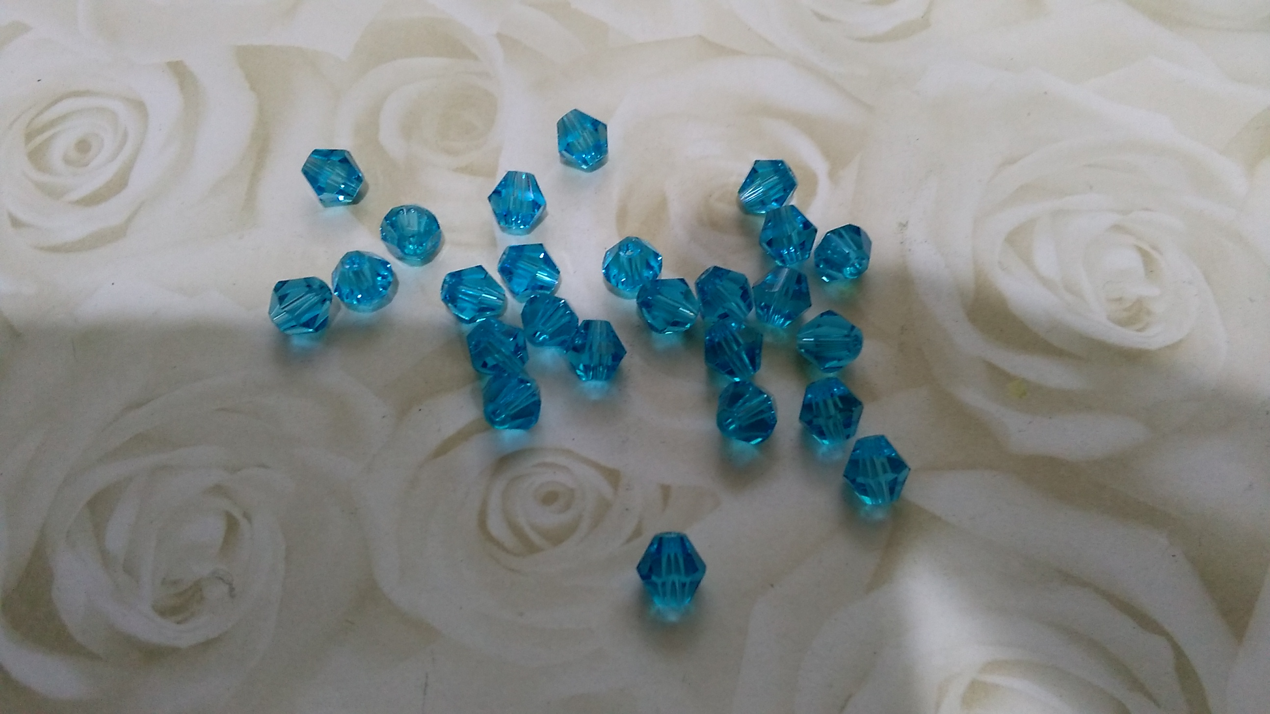 Crystal Glass Turquoise 6mm Beads