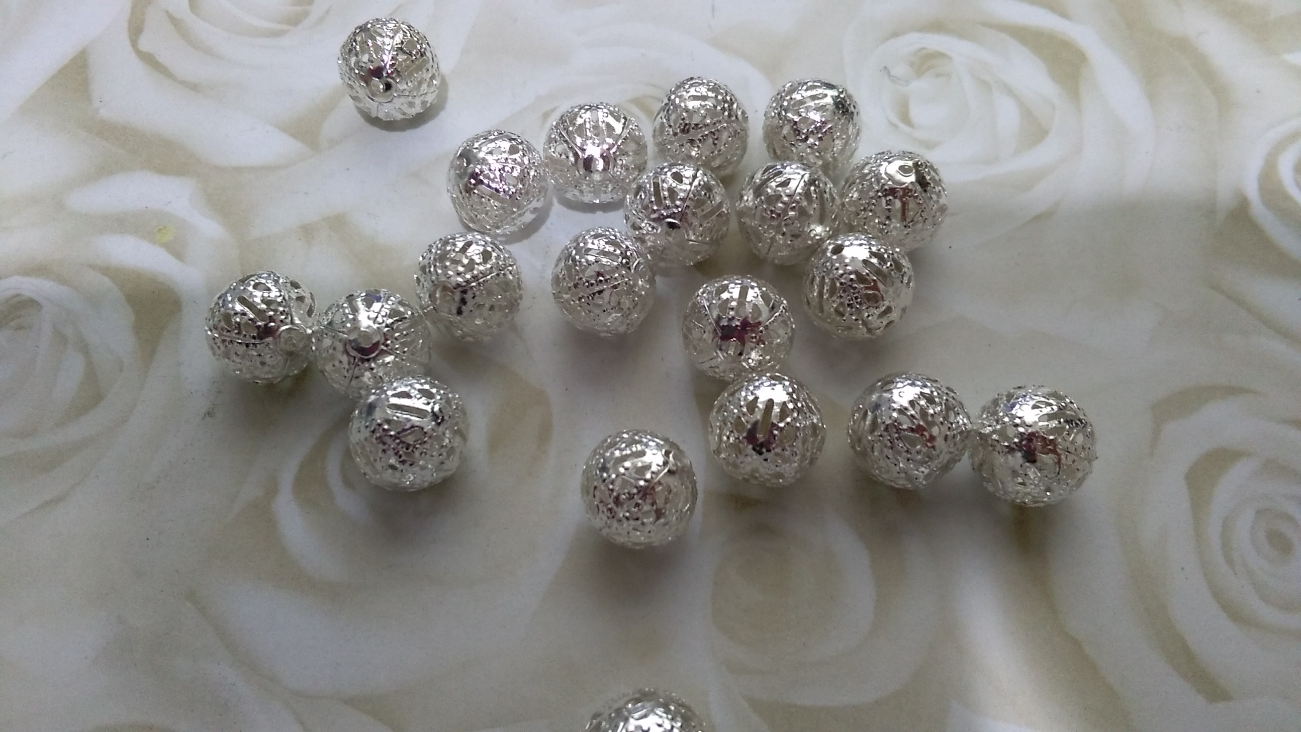 Bright Silver Toned Metal Ornate 10mm Beads