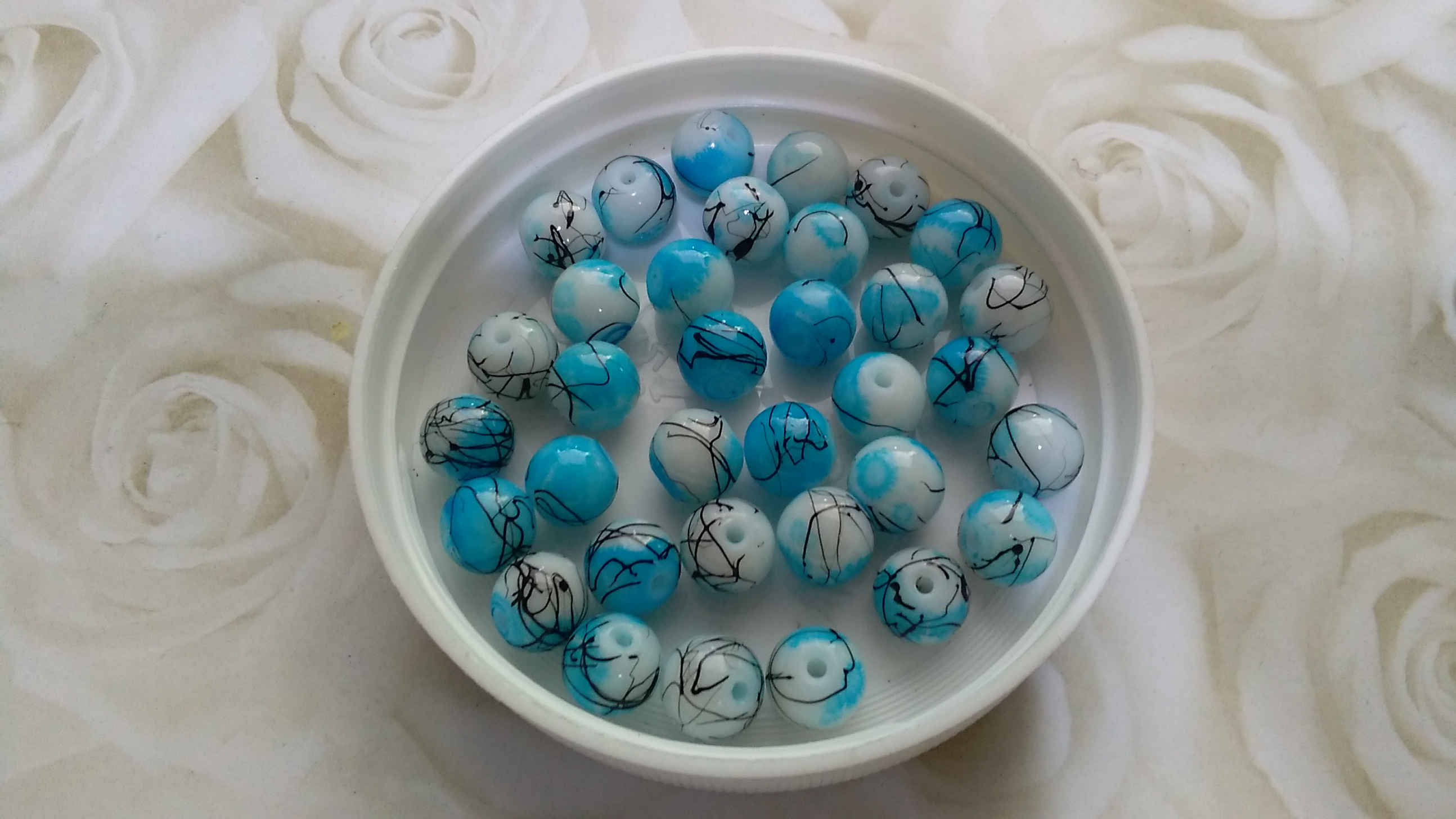 Drawbench Glass Turquoise 8mm Beads